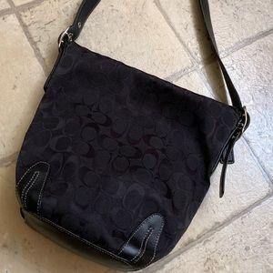 Coach- Beautiful Hobo Bag